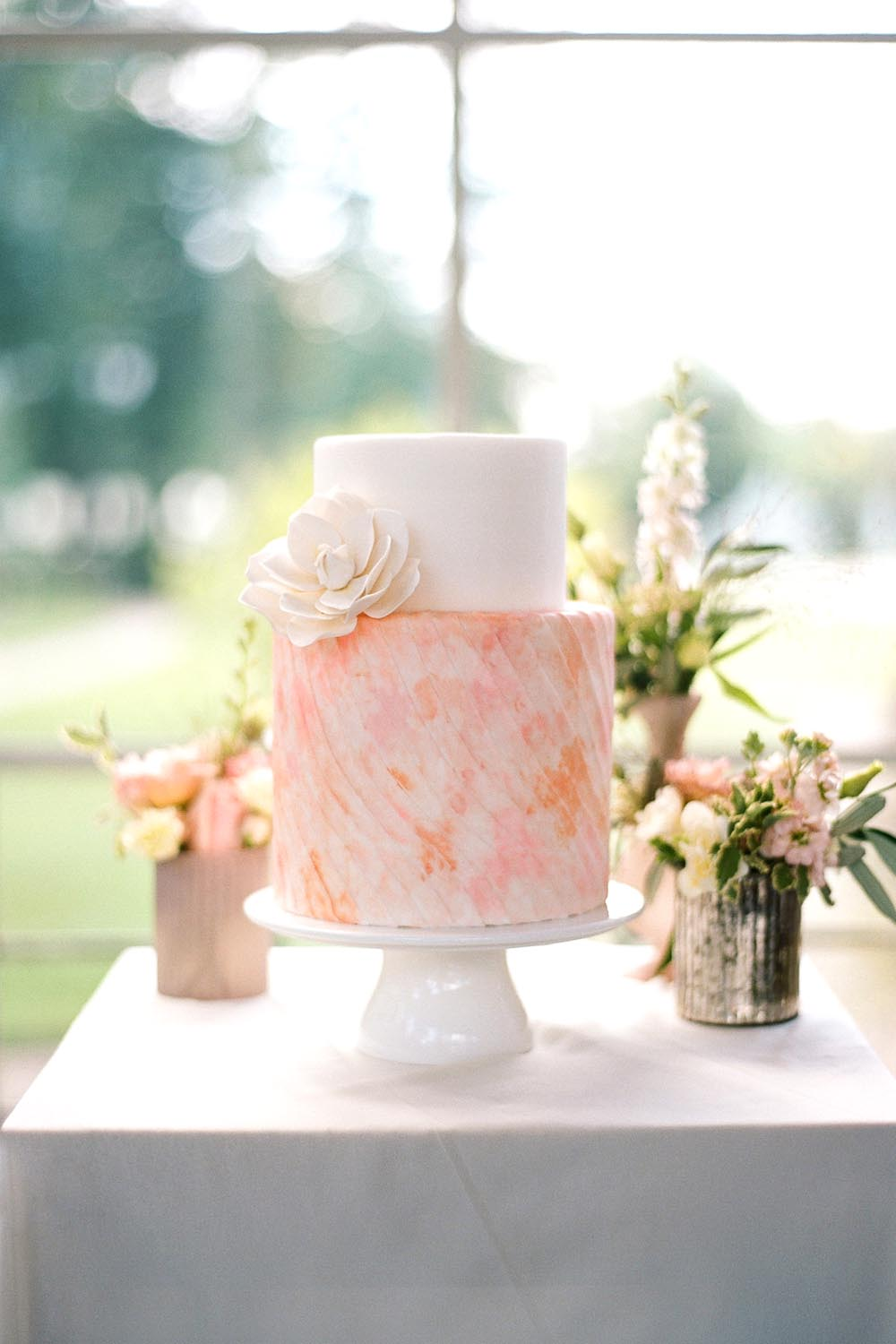 Watercolor Wedding Cake || Photo by Audra Wrisley